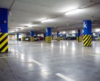 parkolóház takarítás